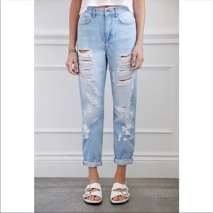 Forever 21 | Light Wash Distressed Mom Jeans